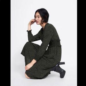 Zara animal print dress Khaki 💚 Size S 🐆